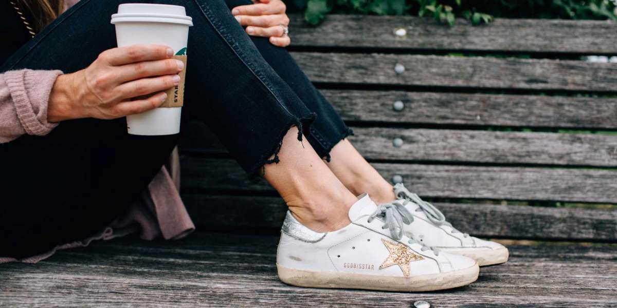 Golden Goose Sneakers with electric blue details